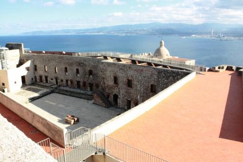 10) fortezza di Milazzo