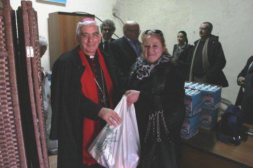 distribuzione degli alimenti a Nuov. Briciole di Salute (2)