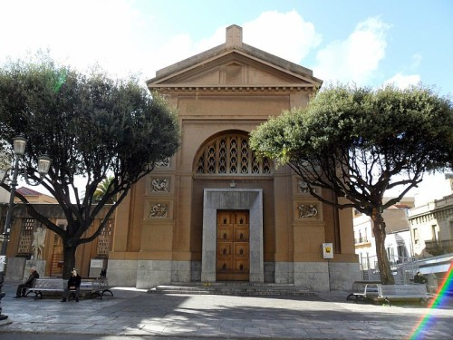 C__Data_Users_DefApps_AppData_INTERNETEXPLORER_Temp_Saved Images_800px-Reggio_Calabria-chiesa_S__Giorgio