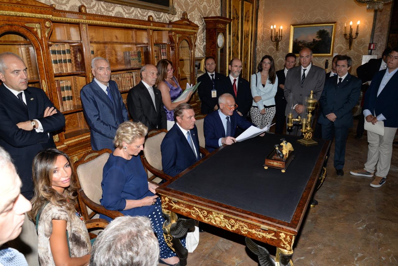 Napoli 30 giugno 2015 costituzione fondazione ordine for Onorario notaio