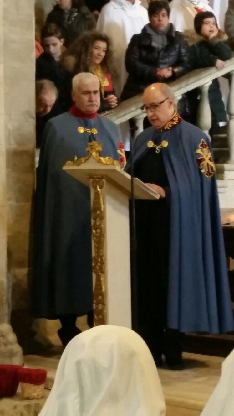 San leo 20 dicembre 2015 apertura della porta santa - Sostegno della porta ...