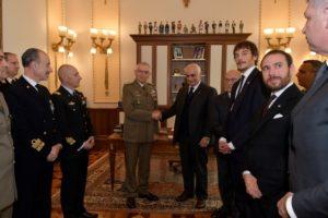 Al centro il Generale Graziano e l'Amb. Balboni Acqua. Sulla destra la delegazione costantiniana