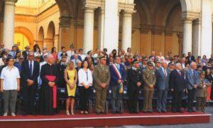 Tribuna delle Autorità durante la cerimonia.
