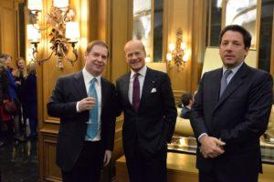 da sinistra: Principe Gugliemo Giovanelli Marconi, Dott. Fabiano Forti Bernini, Consigliere alle Manifestazioni Culturali della Delegazione e Conte Raimondo Visconti di Modrone