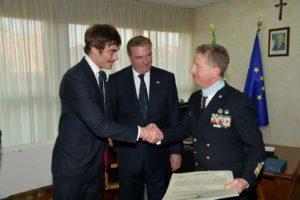 Consegna del diploma di promozione al Capitano Filippo Marini da parte di S.A.R. il Duca di Castro e di S.A. il Principe Don Lelio Niccolò Orsini d'Aragona