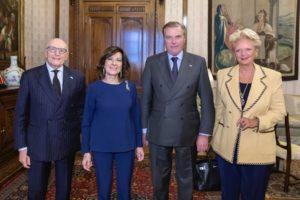 S.A.R. le Prince Charles de Bourbon des Deux Siciles, Duc de Castro a remis les insignes de Dame Grand-Croix de Grâce à la Présidente du Sénat de la République, Maria Elisabetta Alberti Casellati